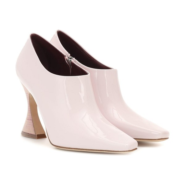 SIES MARJAN Drea patent leather ankle boots in pink - Step into Sies Marjan's Drea ankle boots to bring an...