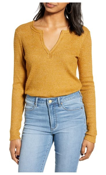 Socialite long sleeve thermal henley top in tobacco