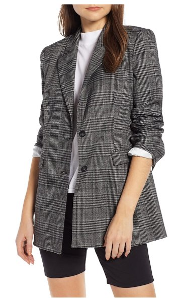 Something Navy plaid blazer in black - Sophisticated yet contemporary, this checkered jacket...