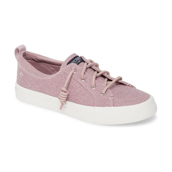 Sperry crest vibe sneaker in lilac sparkle chambray fabric