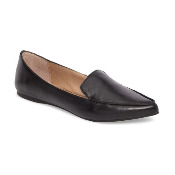 Steve Madden feather loafer flat in black leather - A pointed toe refines the loafer-inspired silhouette of...