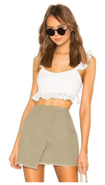 superdown monroe ruffle crop top in white eyelet