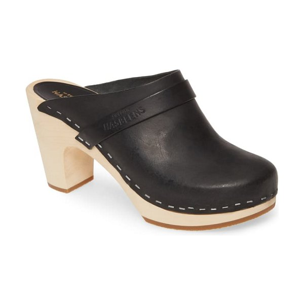 Swedish Hasbeens classic clog in black leather
