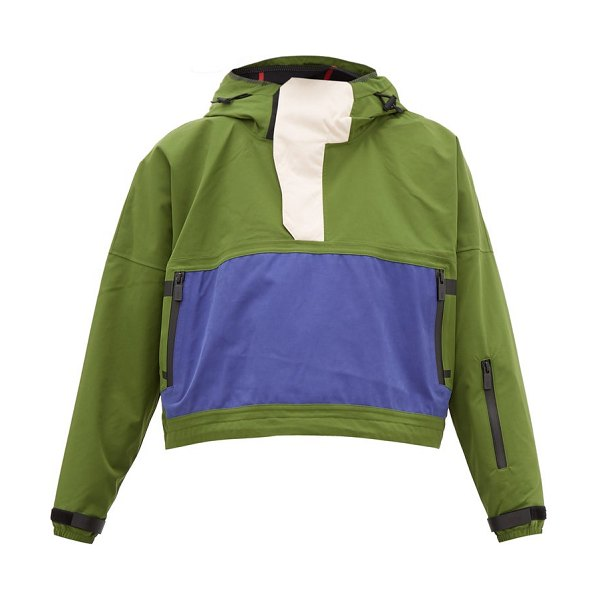 TEMPLA cropped bio shell hooded anorak in green