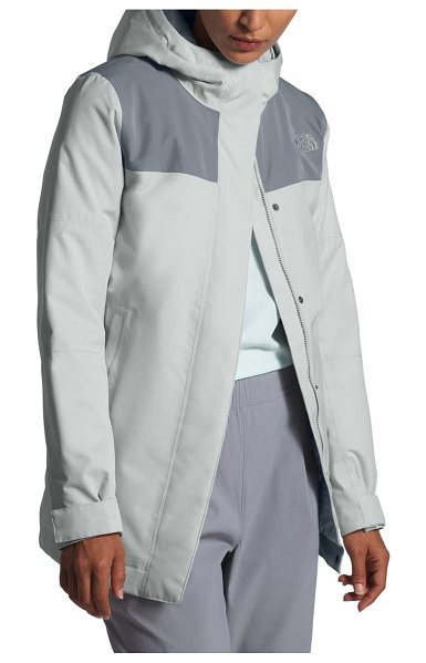 The North Face menlo insulated parka in tin grey/ mid grey