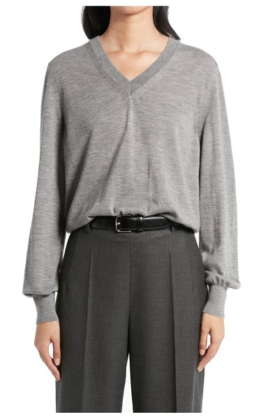 THE ROW stockwell v-neck cashmere sweater in medium grey