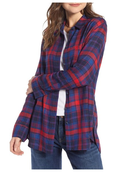 Treasure & Bond plaid boyfriend shirt in red chinoise triad plaid - Even the noncommittal will stay true to this...