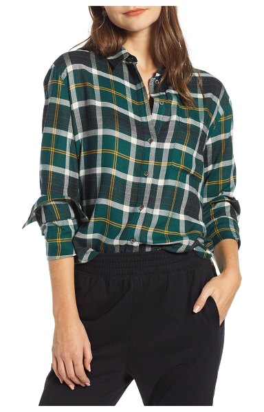 Treasure & Bond plaid boyfriend shirt in green each other plaid - Even the noncommittal will stay true to this...