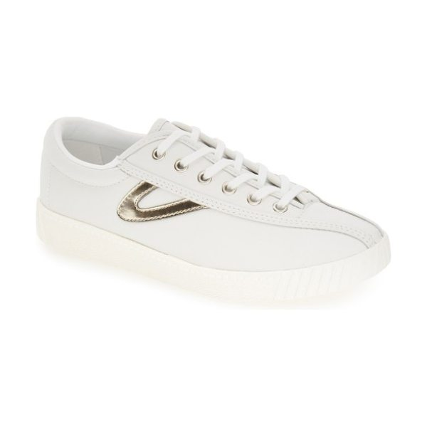 Tretorn 'nylite2 plus' sneaker in white/ gold