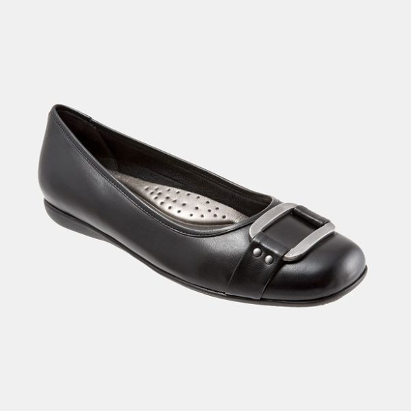 Trotters 'sizzle signature' flat in black