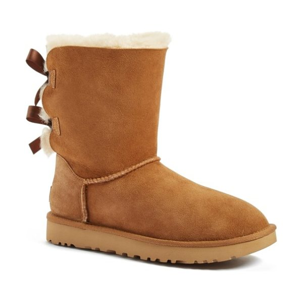 UGG ugg bailey bow ii genuine shearling boot in chestnut suede