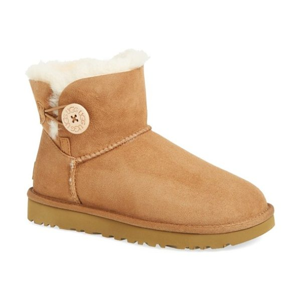 UGG ugg mini bailey button ii genuine shearling boot in chestnut suede
