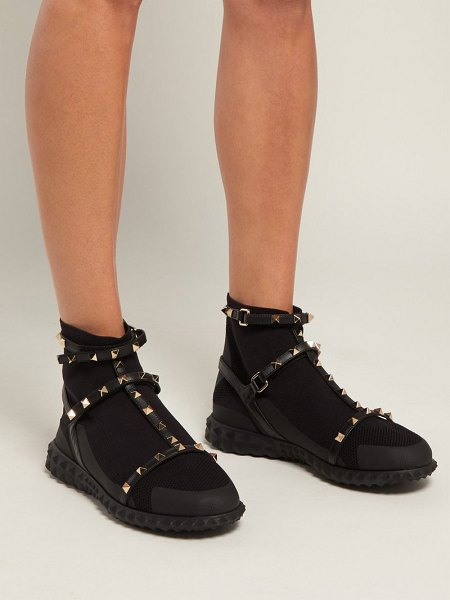 Black Trainers Shopstasy Valentino in Body Tech Rockstud wABnq4X7