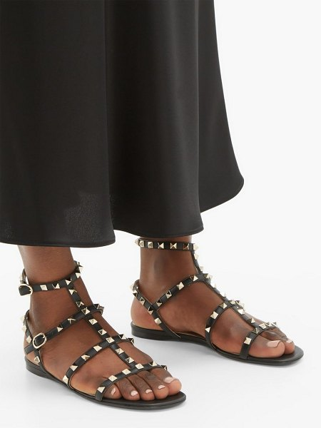 Valentino rockstud flat leather sandals in black