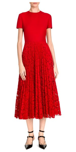 Valentino Short Sleeve Crepe & Lace Pleat Dress in red