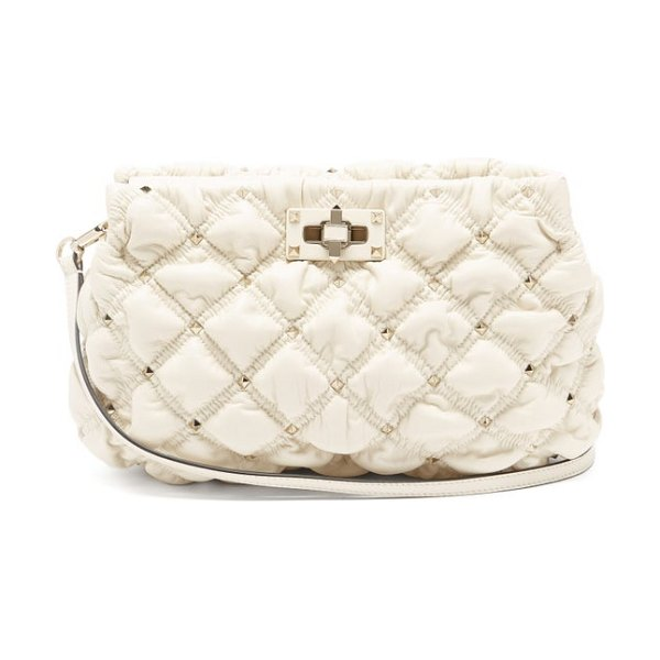 Valentino spikeme medium quilted-leather cross-body bag in ivory