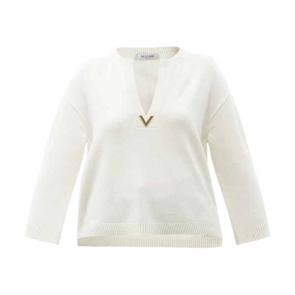 Valentino v-plaque cashmere sweater in ivory