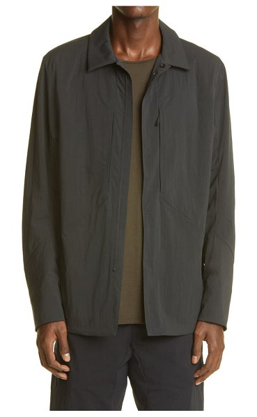 Veilance mionn water resistant jacket in black