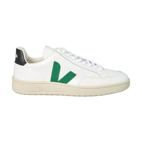 VEJA V-12 trainers in extra-white emeraude black