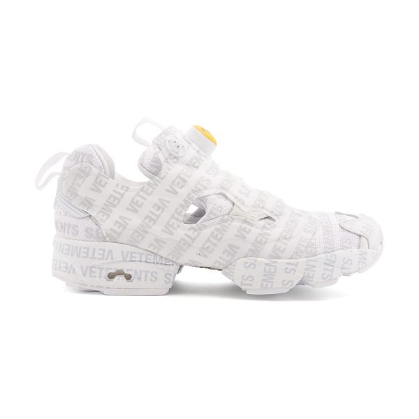 6652a6bda950ff VETEMENTS X Reebok Instapump Fury low-top trainers in light grey - Vetements  collaborates with