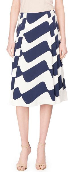 Victoria Beckham Wave-Print Pleated Midi Skirt in blue/white - Victoria Beckham skirt featuring wave print. Pleated...