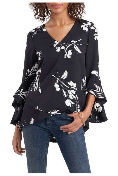 Vince Camuto floral print trumpet sleeve top in black/ white floral