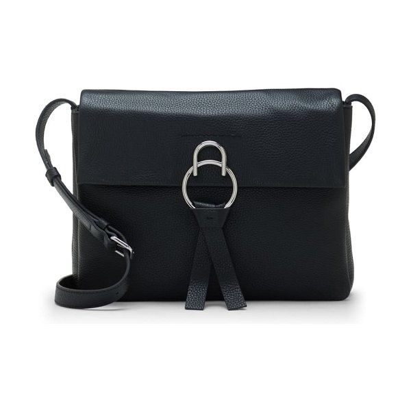 Vince Camuto plum leather shoulder bag in nero
