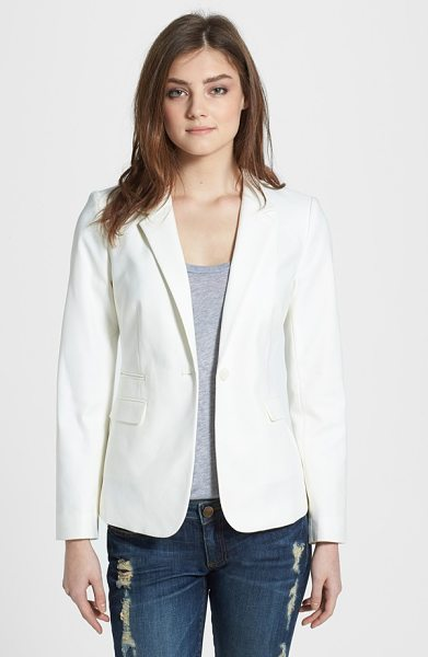 Vince Camuto stretch cotton one-button blazer in new ivory