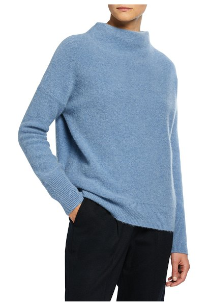 Vince Funnel-Neck Cashmere Sweater in blue