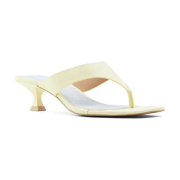 WHO WHAT WEAR sydney slide sandal in french vanilla nappa leather