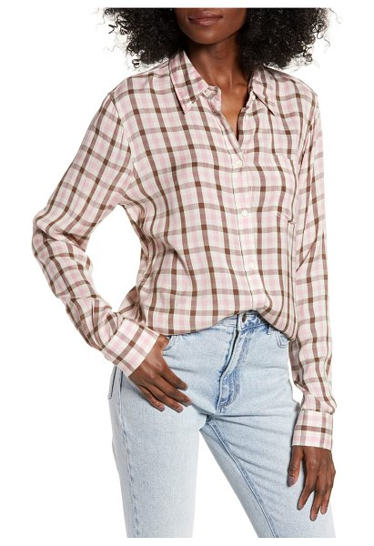 Wrangler plaid shirt in pink - Master off-duty cool in a drapey shirt colored in...