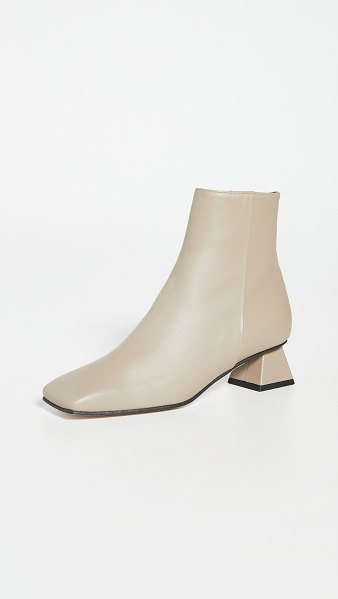 YUUL YIE mary ankle boots in ash grey