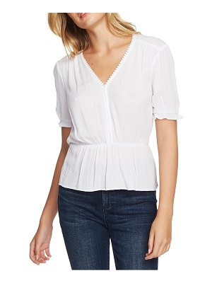 1.State circle trim peplum blouse