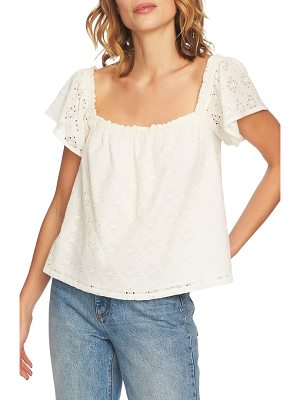 1.State embroidered blouse