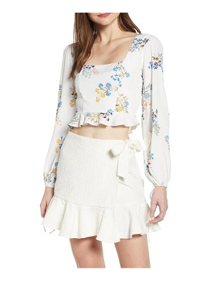 4SI3NNA floral square neck crop top