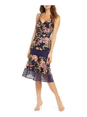 Adelyn Rae kaylea sleeveless embroidered lace trim dress