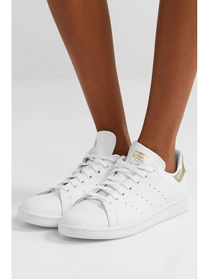 adidas Originals stan smith metallic-trimmed leather sneakers