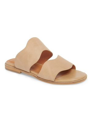Alias Mae thermos scalloped slide sandal