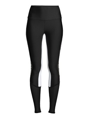 Alo Yoga trainer logo leggings