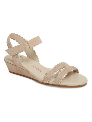 Amalfi by Rangoni messina wedge sandal
