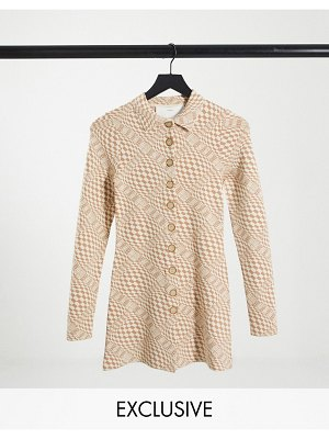 Annorlunda knitted longline shirt in distorted check-cream