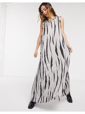 Another Reason jersey maxi dress in zebra print with thigh split-gray