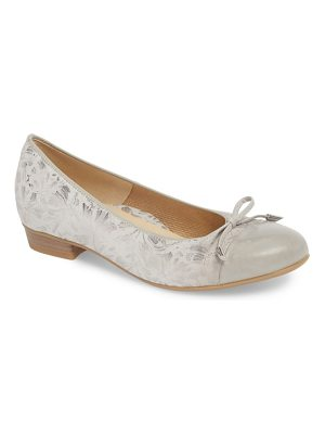 ara 'betty' cap toe flat