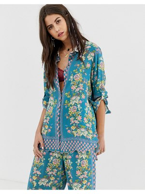Aratta relaxed shirt in floral print with rhinestone brooch two-piece