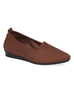 Arche ninolo water resistant flat