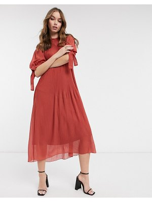 ASOS DESIGN pleated trapeze midi dress with tie sleeves in rust-red