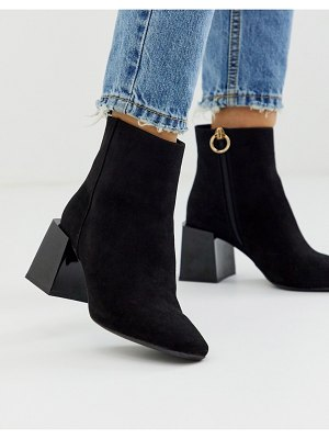 ASOS DESIGN reed heeled ankle boots in black
