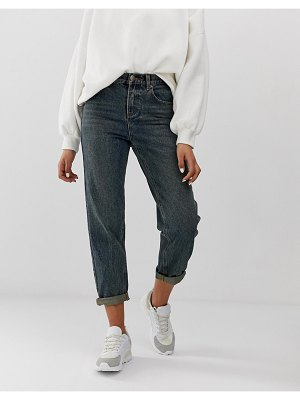 ASOS DESIGN relaxed fit boyfriend jeans in rich aged washed blue
