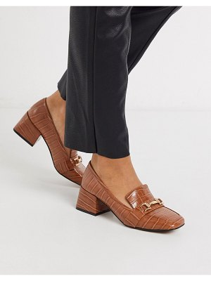 ASOS DESIGN simba mid-heeled loafers in conker croc-brown