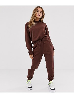 ASOS DESIGN tracksuit ultimate sweat / jogger with tie-brown